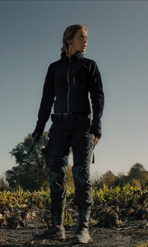 Emily Blunt with Marmot Prodigy Windstopper Jacket in Edge of Tomorrow