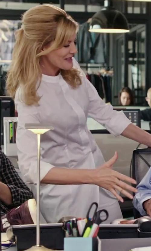 Rene Russo with Piazza Sempione Mandarin Collar Shirt in The Intern