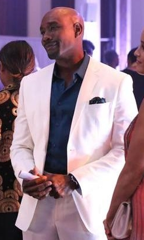 Morris Chestnut with Tom Ford Button-Down Collar Solid Shirt in Rosewood