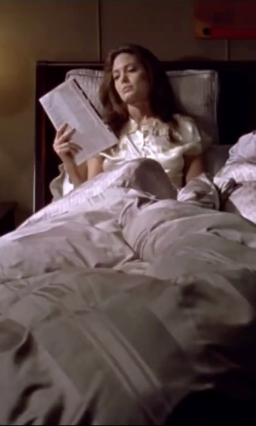 Angelina Jolie with TexereSilk Women's Silk Pajamas in Mr. & Mrs. Smith