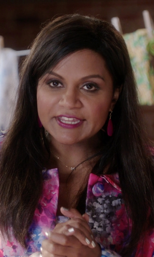 Mindy Kaling with Ann Revere Pink Chalcedony Statement Drop Earrings in The Mindy Project