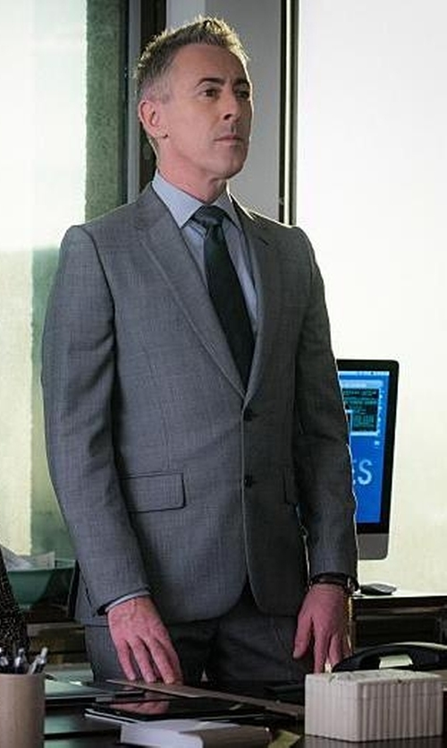 Alan Cumming with Brioni	 Solid Silk Satin Tie in The Good Wife