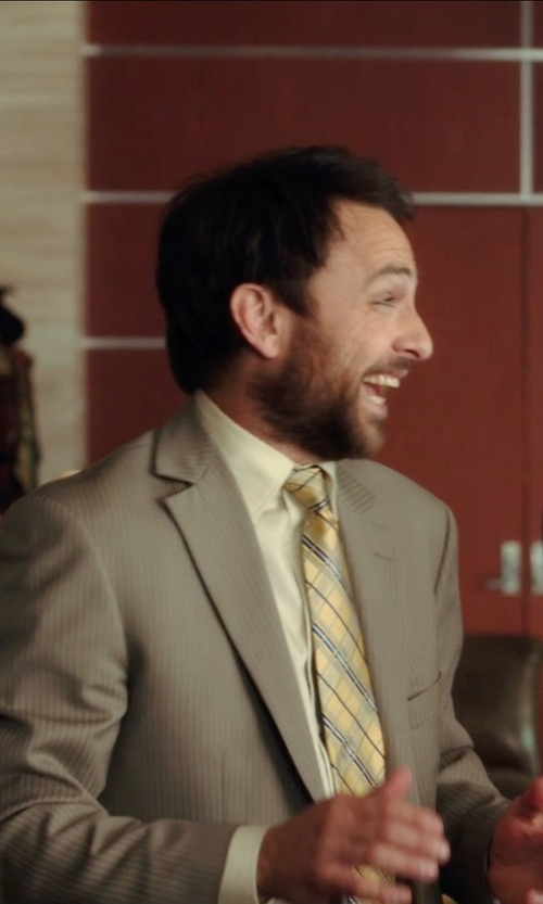 Charlie Day with Ralph Lauren Slim-fit Pocket Oxford Shirt in Horrible Bosses 2