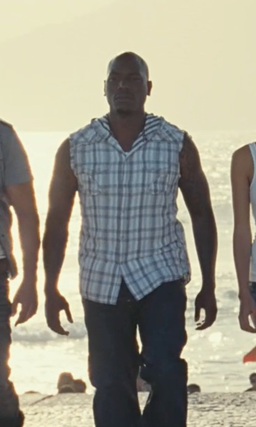 Tyrese Gibson with Harley-Davidson Tribal Flames Plaid Sleeveless Shirt in Fast Five