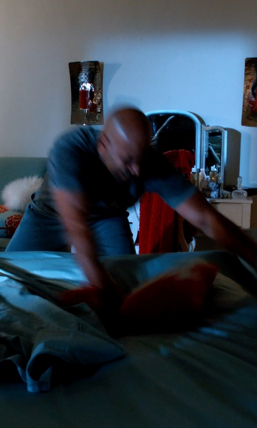 Boris Kodjoe with Madison Park Brussell 7-pc. Comforter Set in Addicted