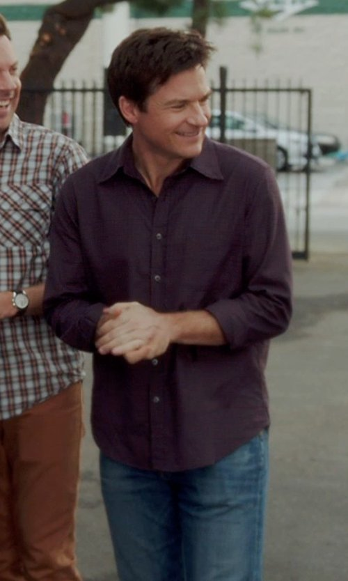 Jason Bateman with John Varvatos Star USA Sleeve Tab Sport Shirt in Horrible Bosses 2