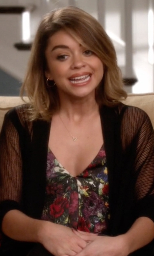 Sarah Hyland with Alice + Olivia Guenda Leather-Trimmed Floral-Print Silk Top in Modern Family