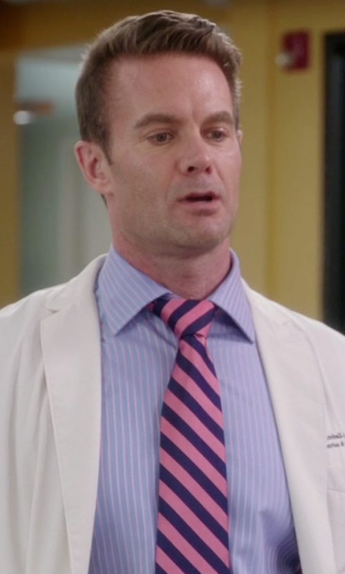 Garret Dillahunt with Ike Behar Striped French-Cuff Dress Shirt in The Mindy Project