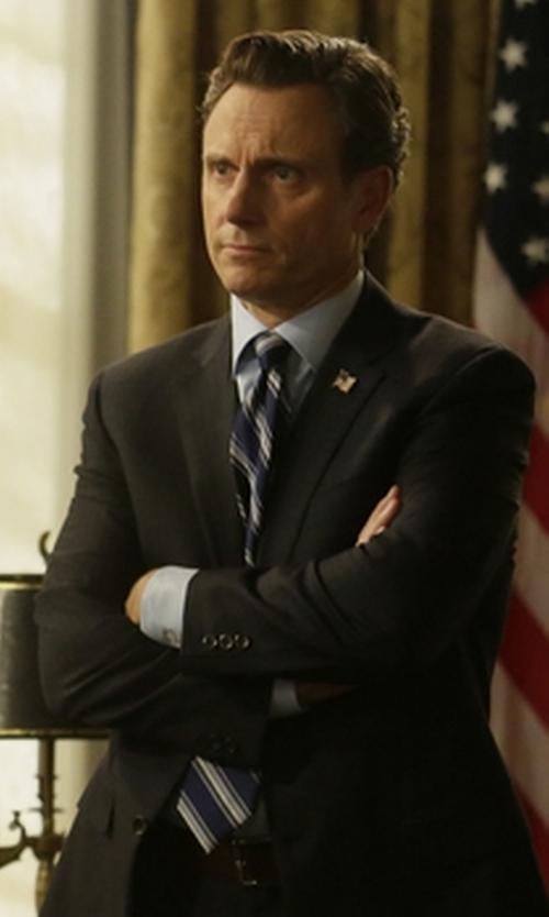 Tony Goldwyn with Gitman Stripe Silk Tie in Scandal