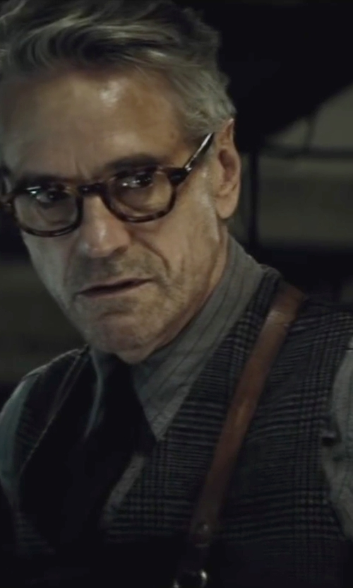 Jeremy Irons with David Donahue Woven Silk Tie in Batman v Superman: Dawn of Justice