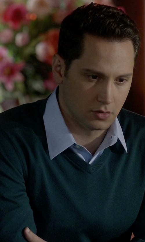 Matt McGorry with Fay V-Neck Sweater in How To Get Away With Murder