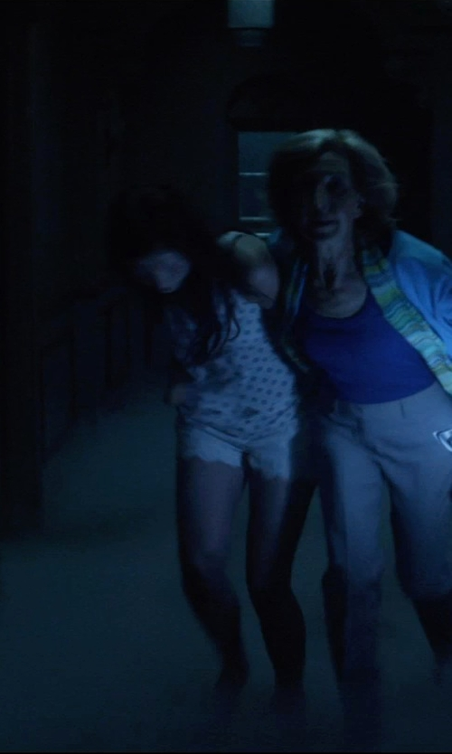 Stefanie Scott with Loft Ink Dot Rib Trim Tank Top in Insidious: Chapter 3