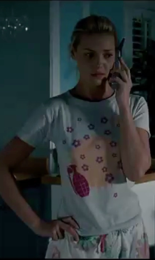 Katherine Heigl with Comme Des Garçons Floral Print T-Shirt in Knocked Up