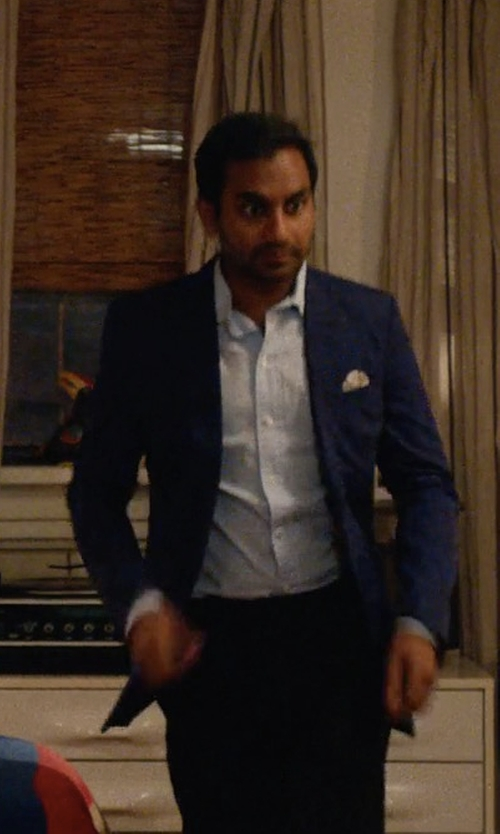 Aziz Ansari with Theory Rodolf N. Searle Suit Jacket in Master of None