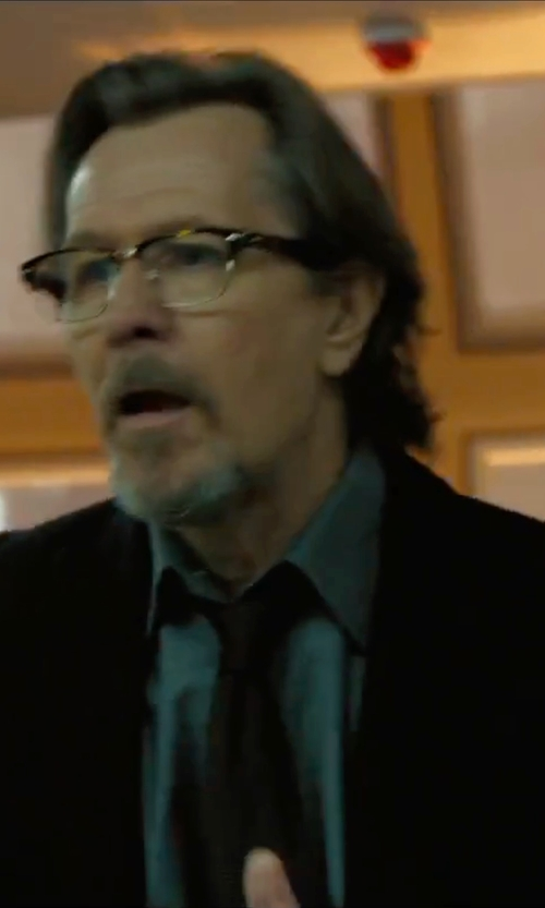 Gary Oldman with Tommy Hilfiger Slim-Fit Jacket in Criminal