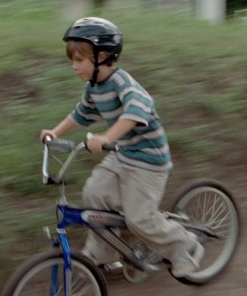 Ellar Coltrane with Schwinn Boy's Throttle Bicycle in Boyhood