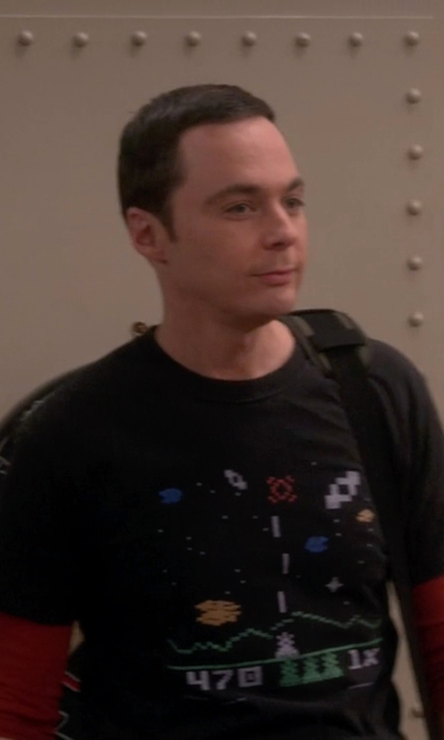 Jim Parsons with Amazon Astrosmash Video Game T-Shirt in The Big Bang Theory