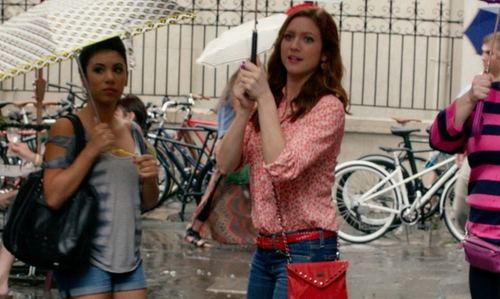 Brittany Snow with J.Crew Flowerpatch Print Popover Shirt in Pitch Perfect 2