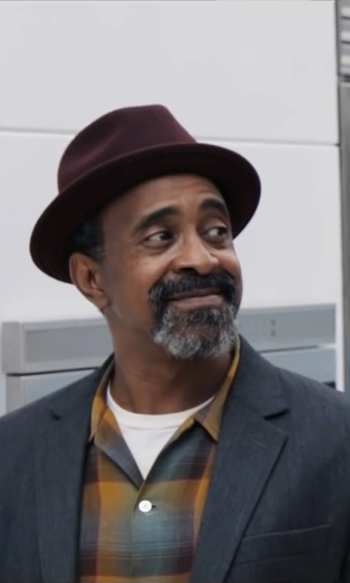 Tim Meadows with Kangol Lite Felt Hiro Trilby Fedora Hat in Popstar: Never Stop Never Stopping