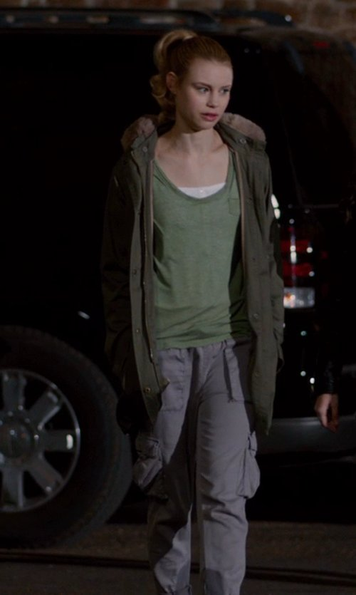 Lucy Fry with Joie 'Rancher D.' Pocket Tee in Vampire Academy