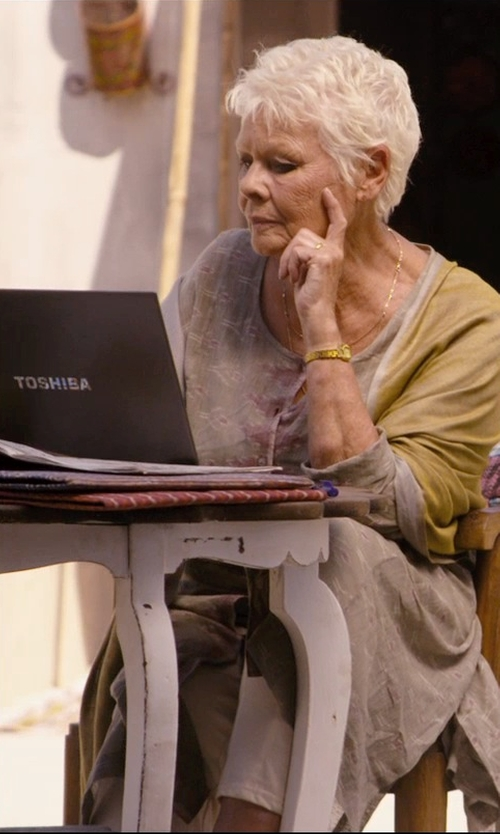 Judi Dench with Toshiba Portege Z30 Professional Laptop in The Second Best Exotic Marigold Hotel