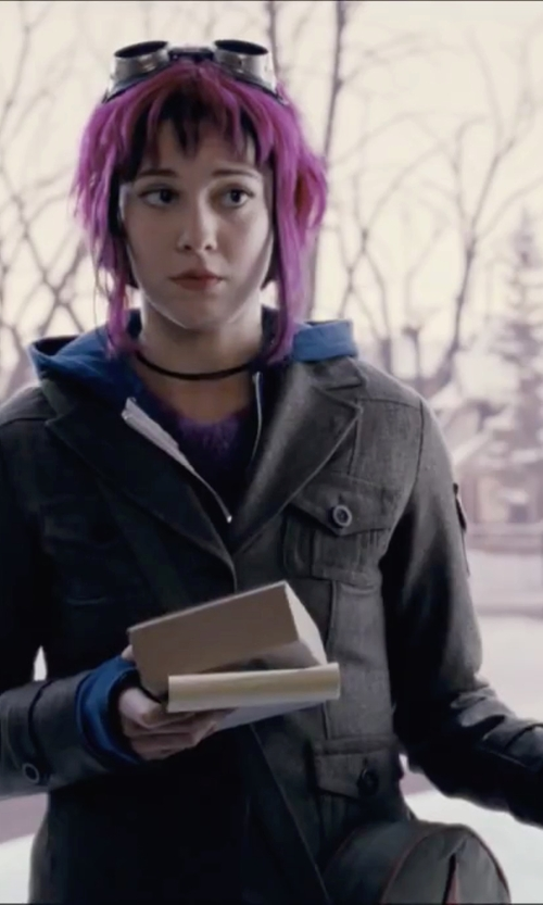 Mary Elizabeth Winstead with Oasis Utility Jacket in Scott Pilgrim Vs. The World