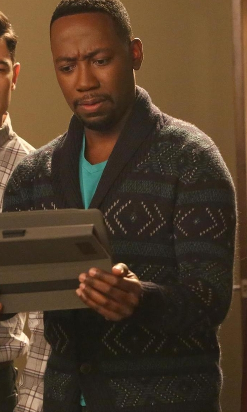 Lamorne Morris with Banana-Republic Diamond Jacquard Shawl Cardigan in New Girl