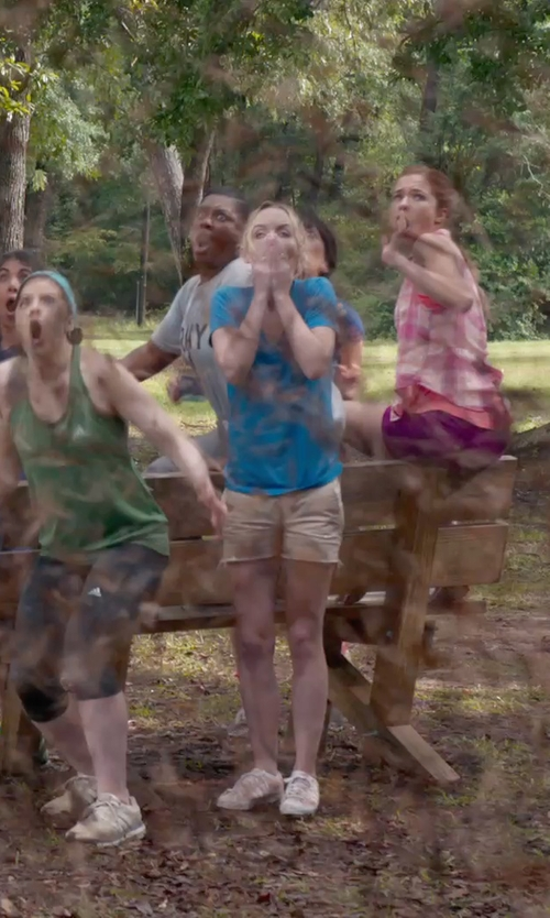 Kelley Jakle with Cycle Mid Rise Denim Pants in Pitch Perfect 2