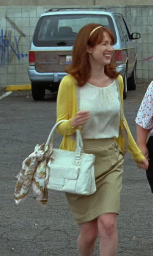 Ellie Kemper with Jil Sander Leather Tote Bag in Bridesmaids