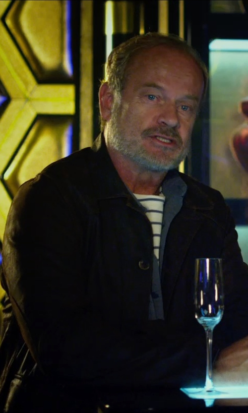 Kelsey Grammer with Arctic Lights Crystal Wine Glasses in The Expendables 3