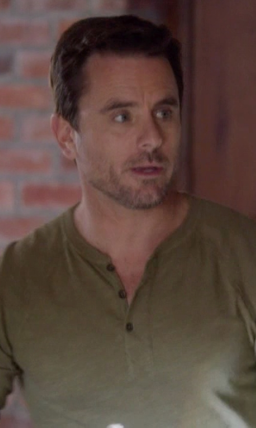 Charles Esten with Rag & Bone Raglan Henley Shirt in Nashville