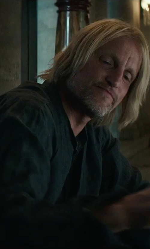 Woody Harrelson with Armani Collezioni Mandarin Collar Zip Jacket in The Hunger Games: Mockingjay - Part 2