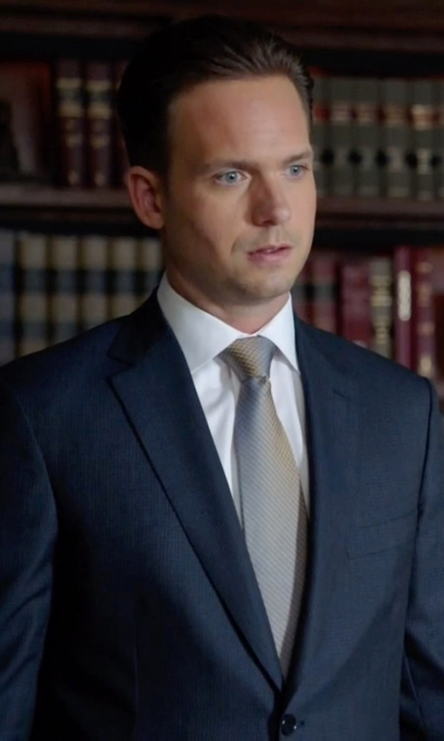 Patrick J. Adams with Canali Geometric Silk Tie in Suits