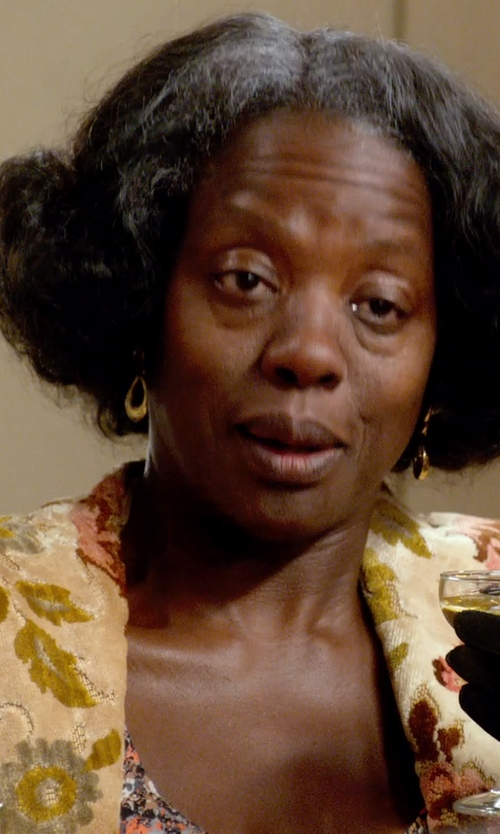 Viola Davis with Ben-Amun Jewelry Crystal Floral Motif Brooch in Get On Up