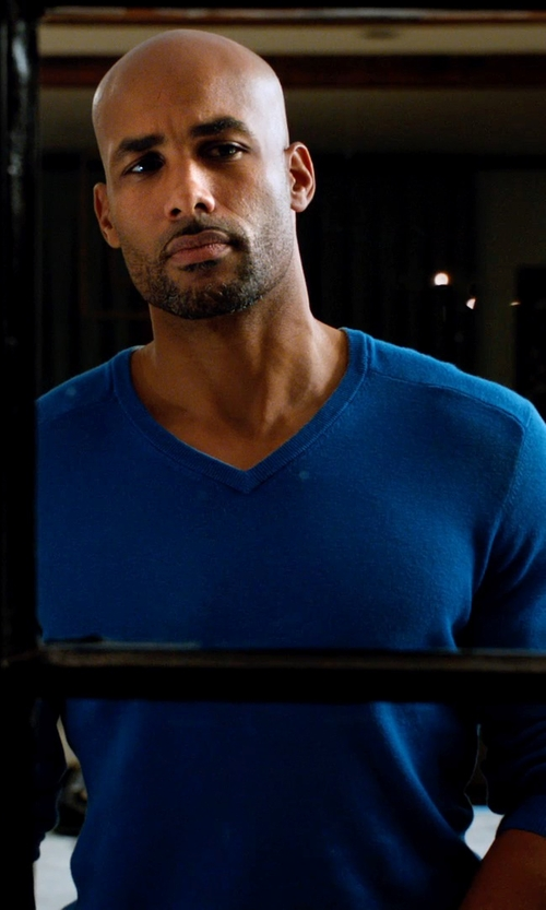Boris Kodjoe with Agave Denim M. Biolos Shirt - V-Neck, Long Sleeve in Addicted