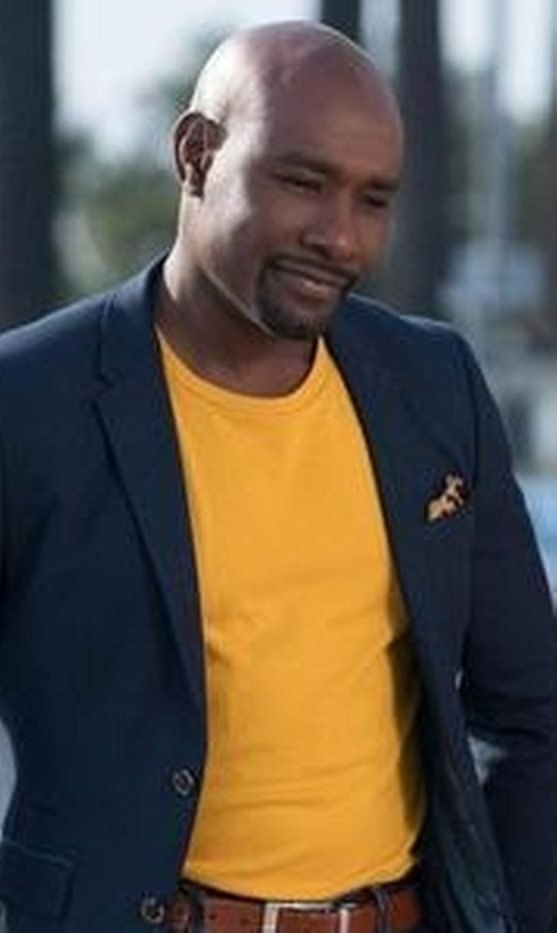 Morris Chestnut with Galliano Crew Neck T-Shirt in Rosewood