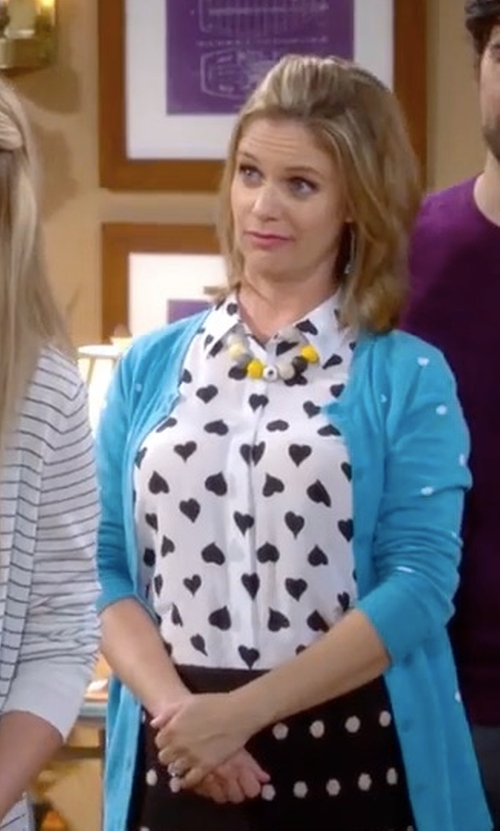 Andrea Barber with Equipment Milla Heart Tank Shirt in Fuller House