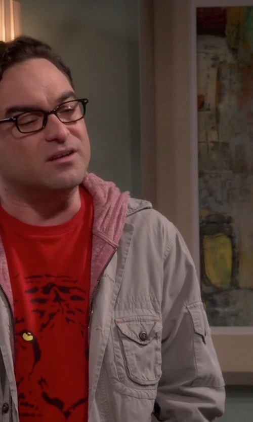 Jim Parsons with Off-Brand Melting Rubik's Cube T-Shirt in The Big Bang Theory
