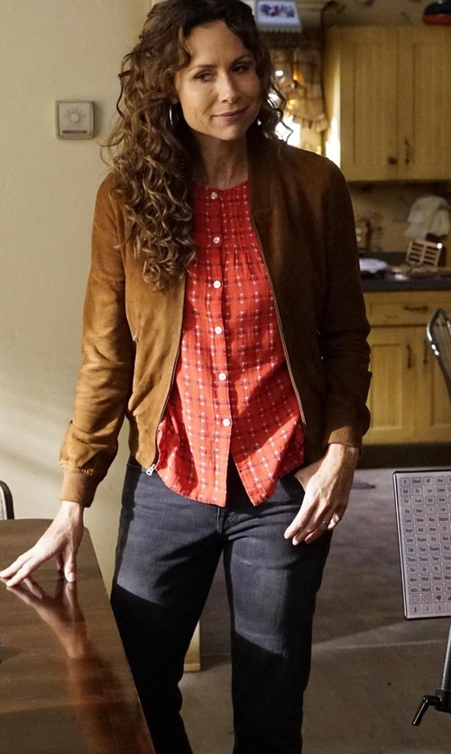 Minnie Driver with Frame Le High Straight-Leg Cropped Jeans in Speechless