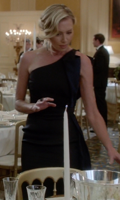 Portia de Rossi with Susana Monaco One Shoulder Flutter Dress in Scandal