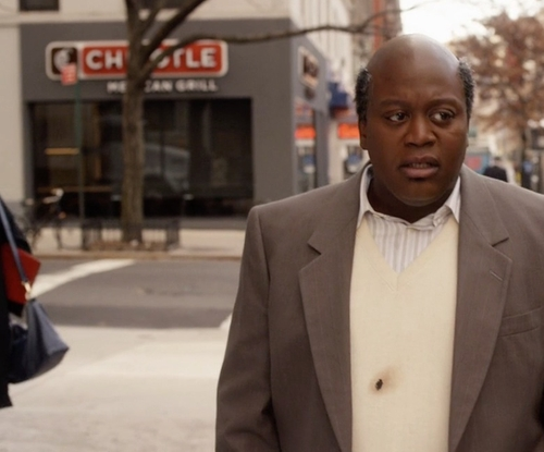 Unknown Actor with Chipotle Mexican Grill New York City, New York in Unbreakable Kimmy Schmidt