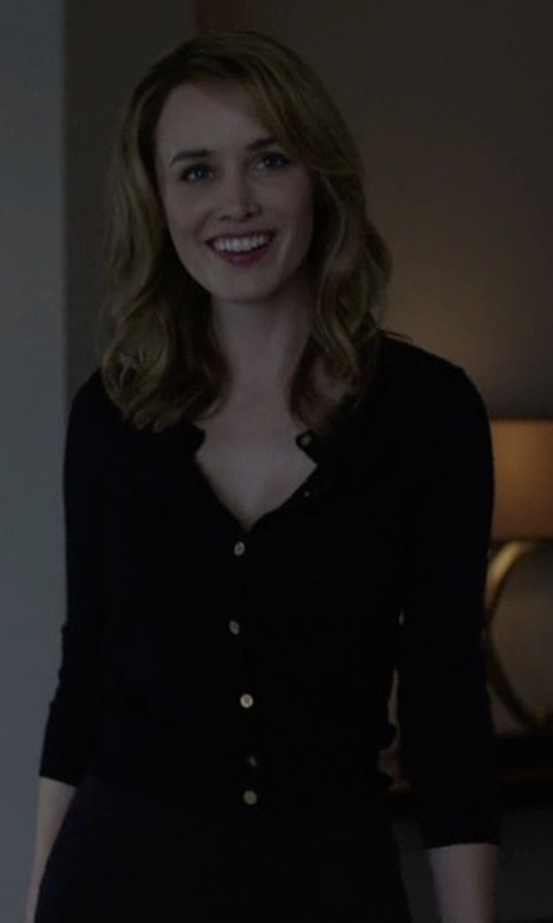 Dominique McElligott with PS By Paul Smith Cotton Cardigan in House of Cards