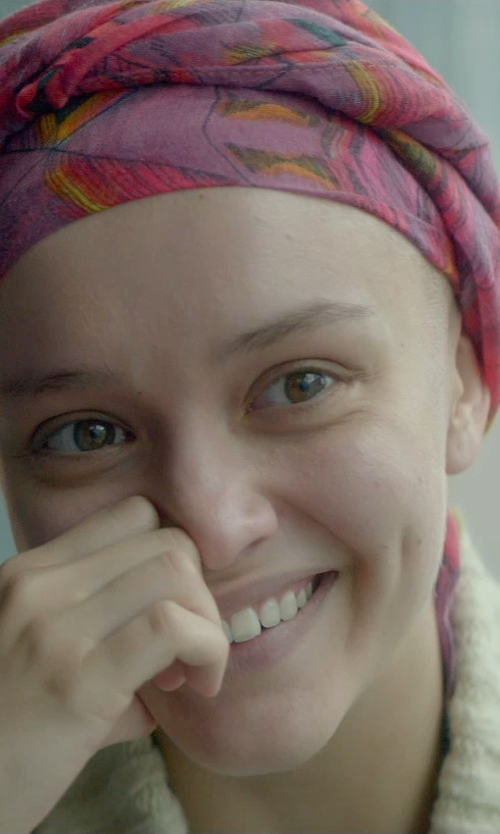 Olivia Cooke with Jeweels Linear Jewel Scarf in Me and Earl and the Dying Girl