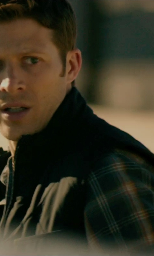 Zach Gilford with Patagonia 'Adze' Soft Shell Vest in The Purge: Anarchy