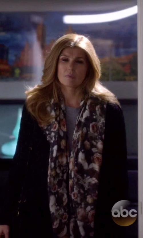 Connie Britton with Michael Michael Kors Open Front Cardigan in Nashville