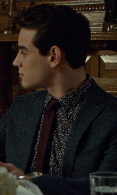 Alberto Rosende with Armani Collezioni Melange Silk Tie in Shadowhunters