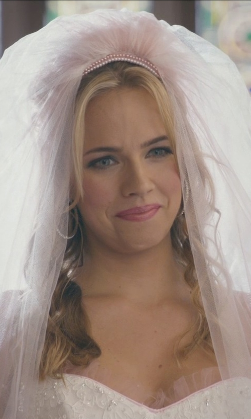Jessica Barth with Ann Taylor Two Tier Fingertip Length Veil in Ted 2