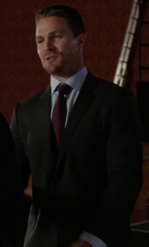 Stephen Amell with Versace Collection Regular-Fit Solid Wool Suit in Arrow