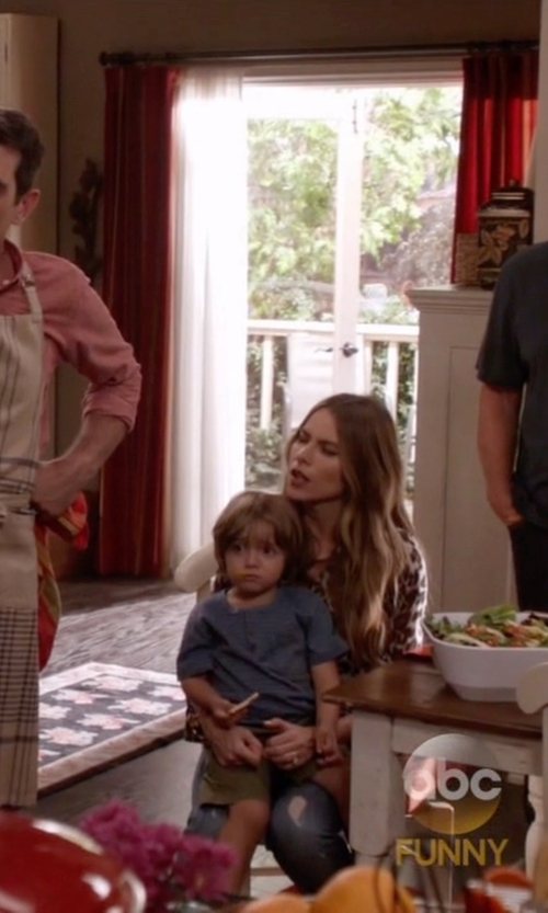 Jeremy Maguire with Tailor Vintage Boys Pull-On Cargo Shorts in Modern Family