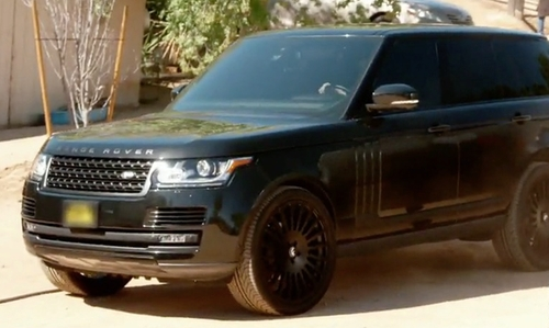 Kendall Jenner with Land Rover Range Rover SUV in Keeping Up With The Kardashians